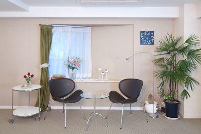 アトリエCHARM レンタルサロン【会議室利用】の室内の写真