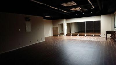 TH会場2階Aルーム 多目的スペース(会議室、セミナールーム)の室内の写真