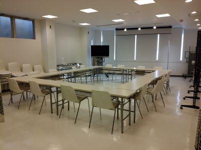 所沢ノード シェアスペース 所沢ノード 大会議室の室内の写真