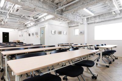 久屋大通ナユタビル 8階イベントスペースの室内の写真