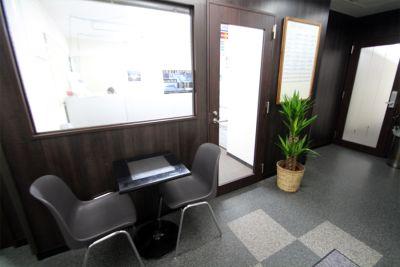 新宿ビジネスガーデン 新宿駅近!貸し会議室の入口の写真