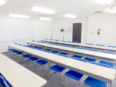 池袋ホール【加瀬会議室】  中会議室の室内の写真