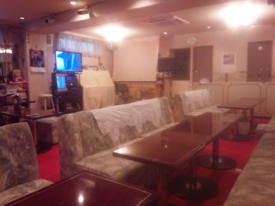 音楽・ダンススペース ノムラ 1Fカラオケの室内の写真