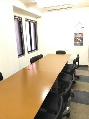 澤田聖徳ビル K会議室の室内の写真