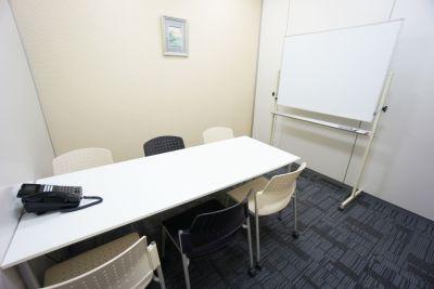 名古屋会議室 プライムセントラルタワー名古屋駅前店 第12会議室の室内の写真