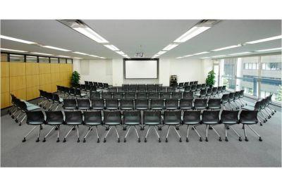 Natuluck神田駅前 セミナールームの室内の写真