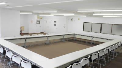 NATULUCK茅場町二号館 4階大会議室の室内の写真