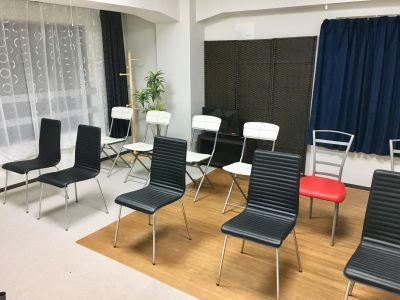 栄会議室、セミナーレンタルルーム 名古屋の中心栄の会議室!の室内の写真