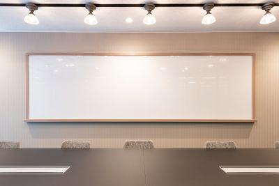 fabbit Otemachi 会議室B(8人まで)の設備の写真