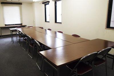 西天満 イワイビル 貸会議室の室内の写真