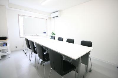 お気軽会議室 新大阪cosmo ◆お気軽会議室新大阪cosmo◆の室内の写真
