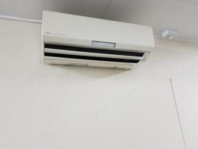 スペースにはエアコンが2台 - KPOPダンススタジオFANCY JR三宮駅から徒歩5分/多目的の設備の写真