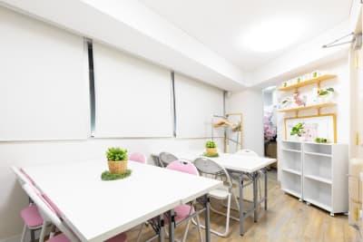 駅前会議室プレテコフレ桜川 レンタルミシンスペースPC桜川の室内の写真