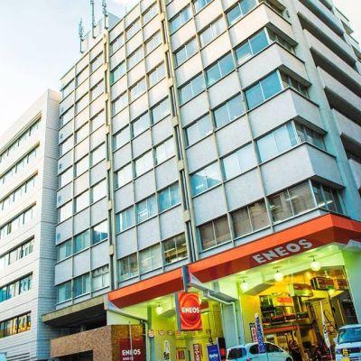 ビジネスコミュニティ横浜オフィス 横浜駅前オフィスセミナールームの入口の写真