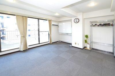 Space Joy 東銀座 会議室の室内の写真