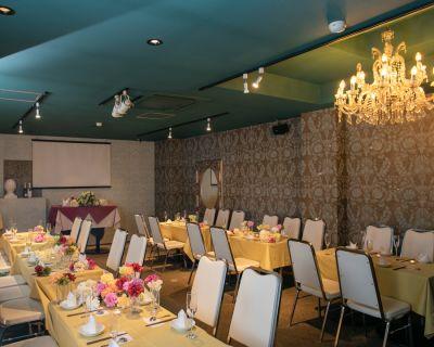 リリーバンケット【貸切・結婚式二次会・パーティー・宴会】 イベント、誕生日会、撮影会の室内の写真