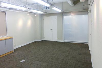 南森町レンタル会議室『シェア・ファーム』 平日時間貸しプランの室内の写真
