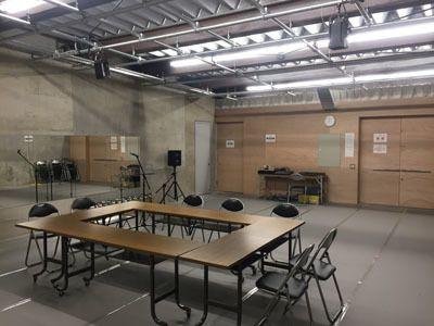 文化創造空間 Atelier泉野 コロナ対応型プライベート空間の室内の写真