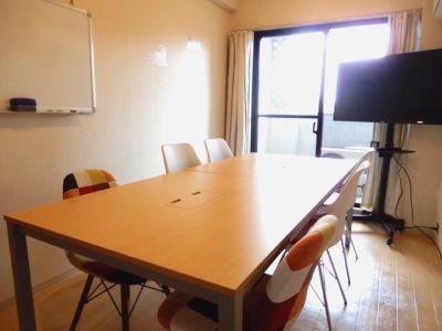 funlabo三宮の室内の写真