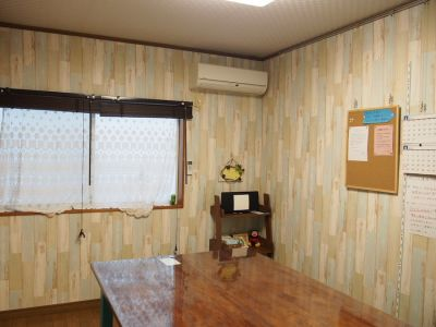 オールドアパートメント 6名用個室スペースの室内の写真