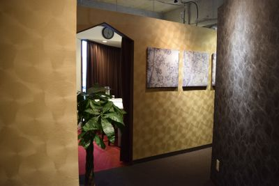 レンタルスペース「DBストーン」 3つのサロンスペース、会議室の室内の写真