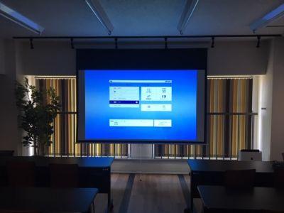 SakurAルーム1 貸会議室の室内の写真
