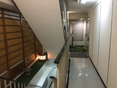 天神貸教室 7階貸教室の入口の写真