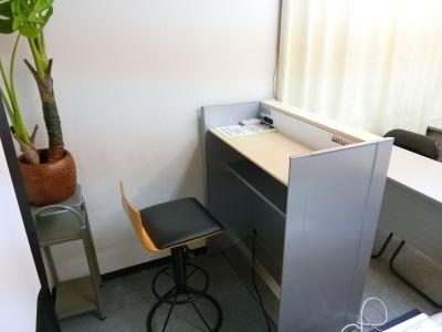 THE貸会議室☆淀屋橋 28人貸会議室5階505号室の室内の写真
