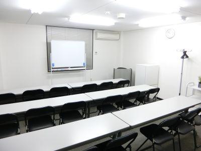 THE貸会議室☆淀屋橋 18人貸会議室4階401号室の室内の写真