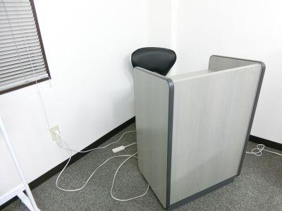 THE貸会議室☆淀屋橋 18人貸会議室4階401号室の設備の写真