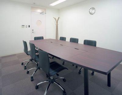 fabbit大阪福島 会議室の室内の写真