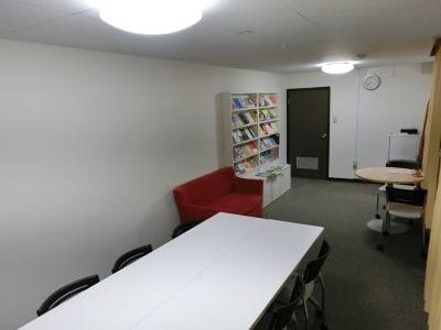THE貸会議室☆淀屋橋 6人+α 貸会議室6階611号室の室内の写真