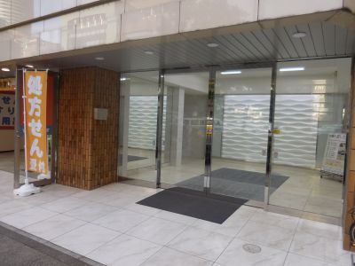 多目的スペース新横浜 駅近レンタルスタジオの入口の写真