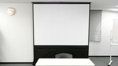 【新宿】知恵の場オフィス 別館 新宿駅徒歩7分 セミナールームの設備の写真