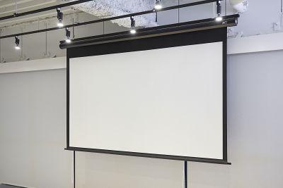 タイムシェアリング秋葉原奥山ビル 会議室の設備の写真