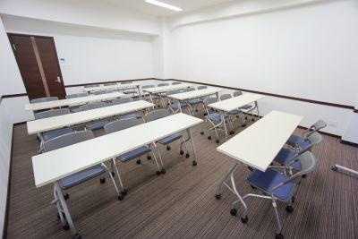 名古屋会議室 名古屋伏見駅前店 第4会議室の室内の写真