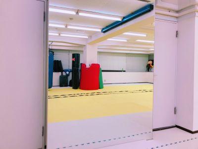 初台・幡ヶ谷のレンタルスペース スタンド式サンドバッグ付スタジオの設備の写真
