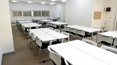 Natuluck飯田橋東口駅前店 4階大会議室Bの室内の写真