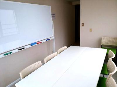 【大宮駅東口4分】小会議室 小会議室/セミナールームの室内の写真