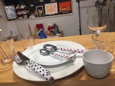 食器等もレンタル出来ます。 - KIKCAFE コワーキングカフェの設備の写真