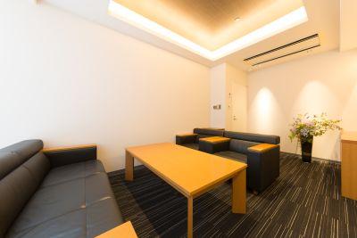 レンタル会議室 秋葉原 応接室 の室内の写真