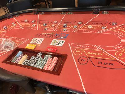 BACKDOOR カジノバーの室内の写真