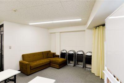 肥後橋INAビル9階 セミナールームの室内の写真