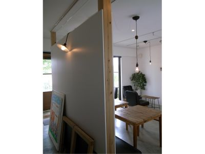 Atelier como 会議・教室・イベント・撮影場所の室内の写真