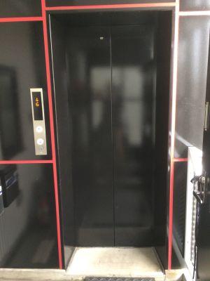 代官山スペースZ 会議室の入口の写真