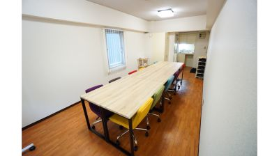 【八重洲ワークサロン】 プロジェクタ無料の貸し会議室♪の室内の写真