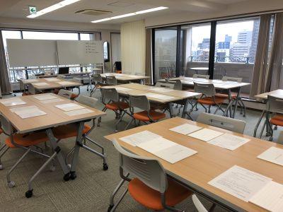 最大7島を作れます - 神楽坂セミナールーム ココロノオフィス セミナールームの室内の写真