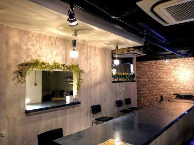 カフェ風のおしゃれな店内 - イベントスペースファイブ心斎橋の室内の写真
