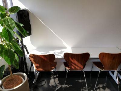 コワーキングスペースミナト フロア貸切(1~50名)の室内の写真