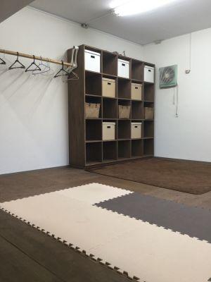 アンテプリマ インコントロ ダンススタジオの室内の写真